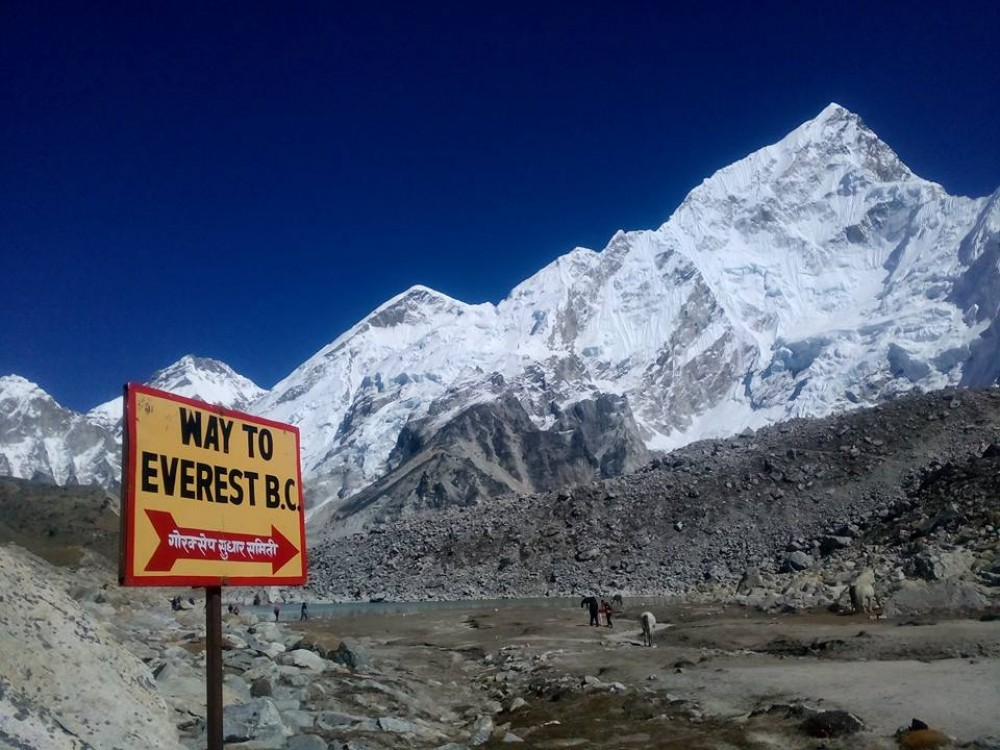 Everest Base camp trek of 9 days is mainly for those tourists who have short time period in Nepal and has limited budget.